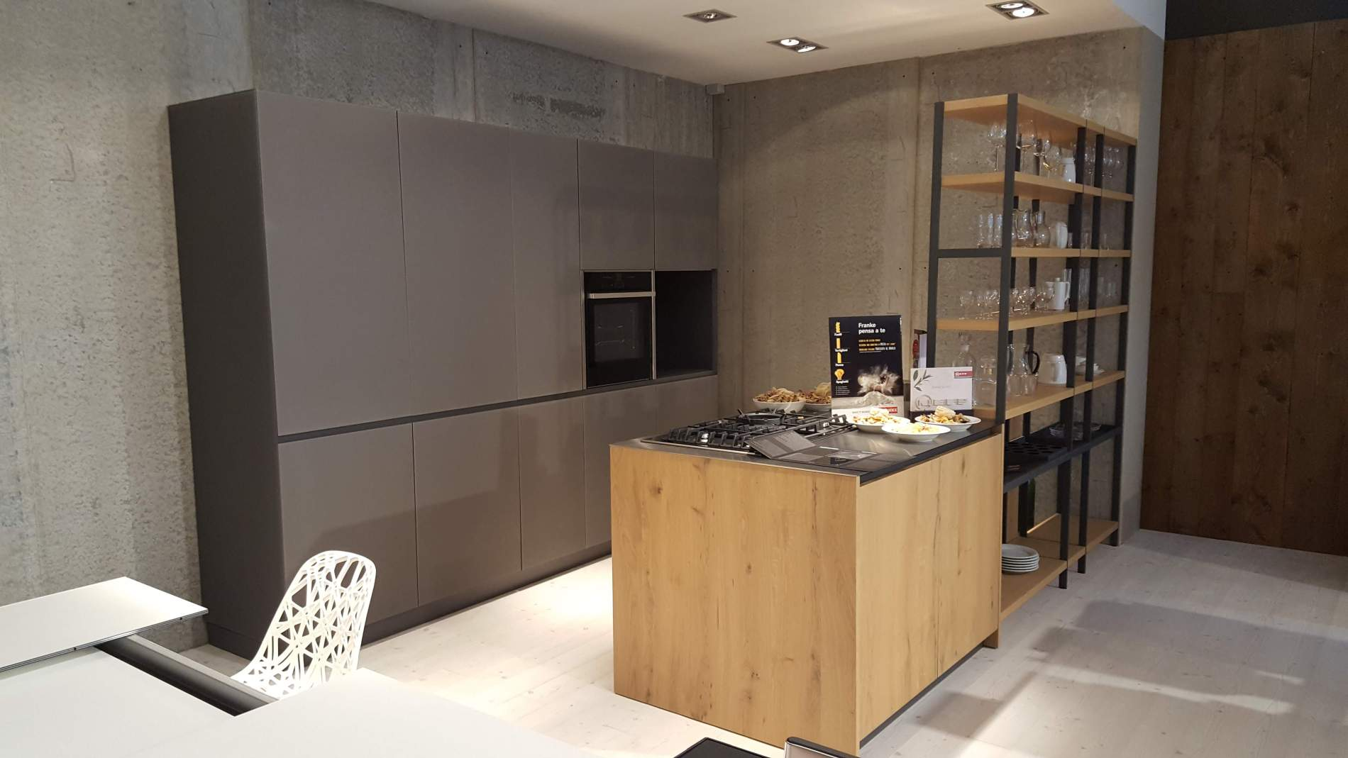 Cucina Valdesign modello REEF + LOGICA 2.2